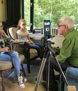 """Wethouder van der Wardt opent project """"Taalstaaltjes"""""""